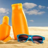 Sunblock dan Sunscreen, Apa Bedanya? (Zerbor/Shutterstock)