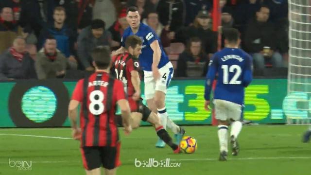 Berita video highlights Premier League 2017-2018, Bournemouth vs Everton, dengan skor 2-1. This video presented by BallBall.