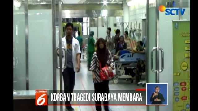 Sebanyak tujuh orang korban luka dirawat di Rumah Sakit Suwandi, dua orang di Rumah Sakit PHC Surabaya dan empat orang dirawat di Rumah Sakit Soetomo.