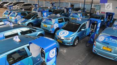 Blue Bird Siap Operasikan Taksi Listrik Pertama di Indonesia