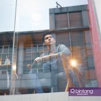 Eksklusif Maxime Bouttier. (Foto: Bambang E. Ros/Bintang.com Digital Imaging: Muhammad Iqbal Nurfajri/Bintang.com)