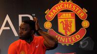 Legenda sepakbola Manchester United, Andy Cole saat menghadiri jumpa pers dalam ajang `CLEAR Ayo! Indonesia Bisa Academy 2015` di Jakarta, Jumat (6/3/2015). (Liputan6.com/Faisal R Syam)