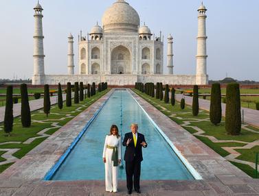 Di India, Donald Trump dan Istri Kunjungi Monumen Cinta Taj Mahal