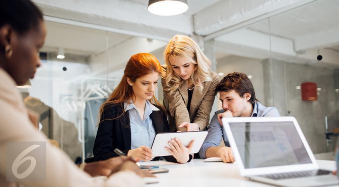 Tidak semua usaha yang telah Anda lakukan berbuah baik di tempat kerja, simak enam cara tepat untuk dihargai oleh rekan kerja Anda. (Foto: iStockphoto)