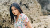 Potret pesona Yunita Siregar dengan rambut panjangnya. (Sumber: Instagram @yunitasiregar)