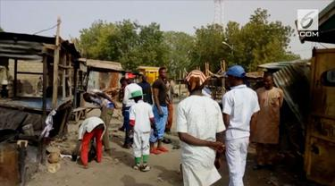 Tiga wanita pembom bunuh diri menyerang sebuah pasar lokal di Maiduguri, Nigeria. 22 korban selamat dan 18 lainnya tewas.
