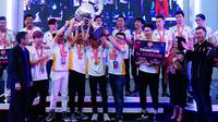 Tim Esports Universitas Bina Nusantara keluar sebagai Juara Umum  IEL University Series 2019 pada Laga Mobile Legends. (Doc: Mix 360 Esports)