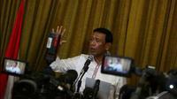 Kepada Wiranto, Letjen Prabowo Subianto pernah mengakui aksi penculikan sejumlah aktivis pada Desember 1997 sampai Februari 1998 bukan merupakan perintah dari atasannya, Jakarta Pusat, Kamis (19/6/2014) (Liputan6.com/Johan Tallo)