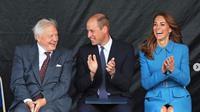 Kate Middleton memakai gaun biru. (dok.Instagram @kensingtonroyal/https://www.instagram.com/p/B24oUBTlKdB/Henry)