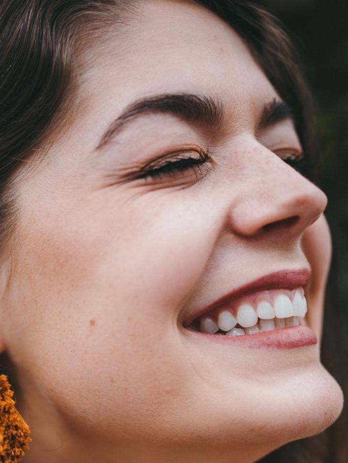 5 Makanan Yang Dapat Membantu Memutihkan Gigi Secara Alami Beauty