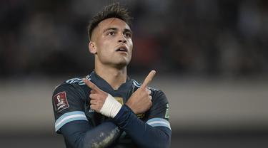 Argentina sukses mengalahkan Peru di laga Kualifikasi Piala Dunia 2022 zona Conmebol lewat gol tunggal penyerang mereka, Lautaro Martinez. (AFP/Juan Mabromata)