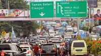 Kemacetan di Puncak, Bogor. (Liputan6.com/Achmad Sudarno)
