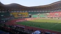 Partai persahabatan Timnas Indonesia vs Timnas Fiji di Stadion Patriot Candrabhaga, Bekasi, tak terlalu menarik minat suporter.
