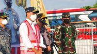 Hari Minggu (9/5/2021), Menteri Perhubungan Budi Karya Sumadi melakukan sejumlah tinjauan ke beberapa titik yaitu: Pelabuhan Penyeberangan Bakauheni dan Merak, serta Pos Penyekatan di Gerbang Tol Pejagan, Jawa Tengah. (Dok Kemenhub)