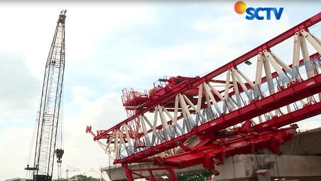 Iwan Arkasih menuturkan pekerjaan akan dilanjutkan setelah semua pekerja proyek dan alat telah sesuai prosedur SOP.