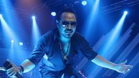Jamrud dan Coklat Kembali Sukses Hadirkan 'Lautan Manusia' di Festival Crossborder