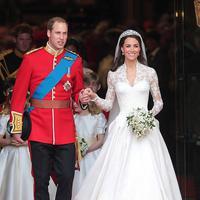 Kate Middleton dan Pangeran William. (via elle.fr)