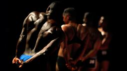 Wes Phills, dari Brooklyn, berkompetisi dalam kompetisi International Association of Trans Bodybuilders di Atlanta, 6 Oktober 2018. Kompetisi, di tahun kelima, ini telah menarik pesaing dari seluruh negara dan satu dari Rusia. (AP/David Goldman)