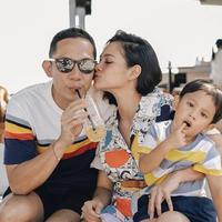 4 Kontroversi yang Pernah Dilakukan Andien Tentang Pola Asuh Anak, Panen Cibiran Netizen (sumber: Instagram.com/andienaisyah)