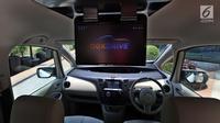 Fitur Nexdrive yang terdapat di salah satu mobil pada pagelaran Mazda Power Drive 2017 di Epiwalk, Kuningan, Jakarta, Sabtu (21/10). Dengan hadirnya NexDrive, pemilik mobil dapat mendapatkan pengalaman berkendara yang lebih baik. (Liputan6.com/JohanTallo)