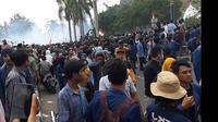 Demo Mahasiswa di Depan Gedung DPRD NTB. (Liputan6.com/Hans Bahanan)