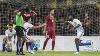 3.  Secara dramatis gawang Timnas Indonesia kebobolan pada menit ke-85 melalui sundulan gelandang Mlaaysia, N. Thanabalan. (Bola.com/Vitalis Yogi Trisna)