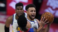 Stephen Curry memimpin Warriors menang atas Pistons pada lanjutan NBA (AP)