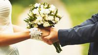 Menikah bukanlah akhir dari perjuangan, tapi merupakan awal dari ujian kesabaran dan kesetiaan.