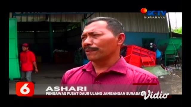 Bicara persoalan sampah, salah satu kota di Jawa Timur itu memang bisa jadi panduan. Kota Surabaya, sudah selesai mengatasi sampah bersama warganya. Sampah dikumpulkan di bank sampah lebih dulu.