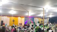 Relawan Perempuan Tangguh Pilih Jokowi-Amin (Pertiwi) menggelar acara buka puasa bersama ratusan anak yatim dan para petugas KPPS. (Istimewa)