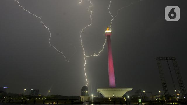 Cuaca Hari Ini Jakarta Hujan Dan Petir Sore Nanti News Liputan6 Com