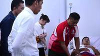 Presiden Joko Widodo menjenguk Anthony Sinisuka Ginting di Asian Games 2018. (Instagram Jokowi)