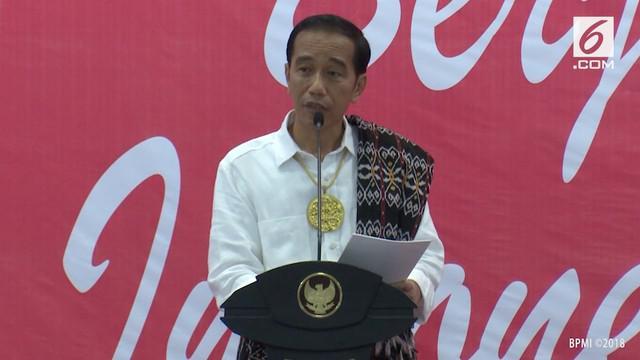 Saat berkunjung ke Pulau Rote, Ndao, NTT, Presiden Jokowi sempat memuji penenggelaman kapal ala Menteri Susi. Jokowi pun menjelaskan sosok Menteri Susi, meskipun perempuan tapi seram, takut semuanya sama Ibu Susi