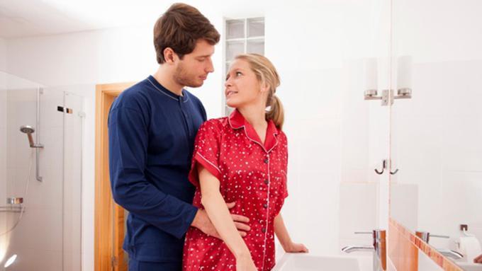 Sedang Haid Tapi Suami Ingin Bercinta? Begini Solusi Mengatasinya