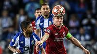 Duel Porto vs Liverpool dalam laga leg kedua perempat final Liga Champions Dragao Stadium, Porto, Kamis dini hari WIB (18/4/2019). (AFP/Patricia De Melo Moreira)