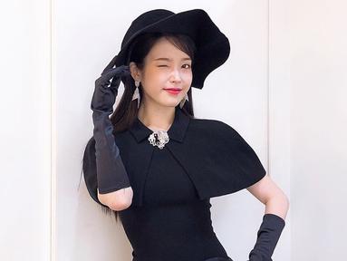 Pemilik nama lengkap Lee Ji Eun ini tengah memintangi drama Hotel Del Luna bersama aktor Yeo Jin Goo. (Liputan6.com/IG/@dlwlrma)