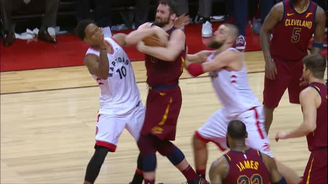Berita video game recap NBA 2017-2018 antara Cleveland Cavaliers melawan Toronto Raptors dengan skor 113-112.