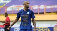 Ekspresi penyerang PSIS, Bruno Silva saat melawan Persela dalam laga pekan pertama BRI Liga 1 2021/2022 di Stadion Wibawa Mukti, Cikarang, Sabtu (04/09/2021). PSIS menang 1-0. (Foto: Bola.com/Bagaskara Lazuardi)