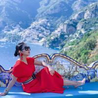 Syahrini saat liburan ke Italia. (dok. Instagram @princessyahrini/https://www.instagram.com/p/B2tFnrMBWOZ/Putu Elmira)