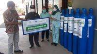 Sebanyak 81 tabung oksigen dengan kapasitas masing-masing 6 meter kubik disalurkan melalui BenihBaik.com ke Kudus dan Jepara.