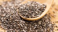 Bukan cuma teh hijau, kamu juga bisa langsing dengan meminum chia seed. Apa itu? | via: anekatop10.com