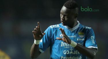 Persib Bandung, Mitra Kukar, Liga 1 Indonesia, Bola.com, Ezechiel N'Douassel