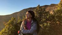 Ira Wibowo Masih Gemar Mendaki Gunung (sumber: instagram/@irawbw)