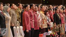 Presiden Joko Widodo didampingi Menteri Perdagangan Thomas Lembong saat menghadiri skala internasional, Trade Expo Indonesia (TEI) ke-30 Tahun 2015 di Jakarta, Rabu (21/10/2015). (Liputan6.com/Faizal Fanani)