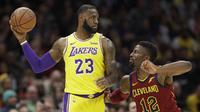 Aksi LeBron James kala Lakers mengunjungi markas Cavaliers di ajang NBA (AP)