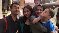Raffi Ahmad, Nagita Slavina, Rafathar dan Rieta Amilia. [foto: instagram/rieta_amilia]