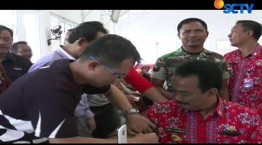 Dalam pengobatan ini, Yayasan Pundi Amal Peduli Kasih bekerjasama dengan Persatuan Wartawan Indonesia sekaligus dalam rangka memperingati Hari Pers Nasional yang ke-72.