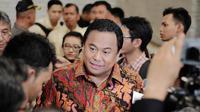Menteri Perdagangan (Mendag) Rachmat Gobel memastikan bahwa harga beras menjelang Natal dan tahun baru 2015 hanya naik tipis, Jakarta, Senin (15/12/2014). (Liputan6.com/Faizal Fanani)