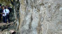 Temuan ukiran kuno di Desa Hingalamamengi, Kabupaten Lembata, NTT sejauh ini masih misterius.