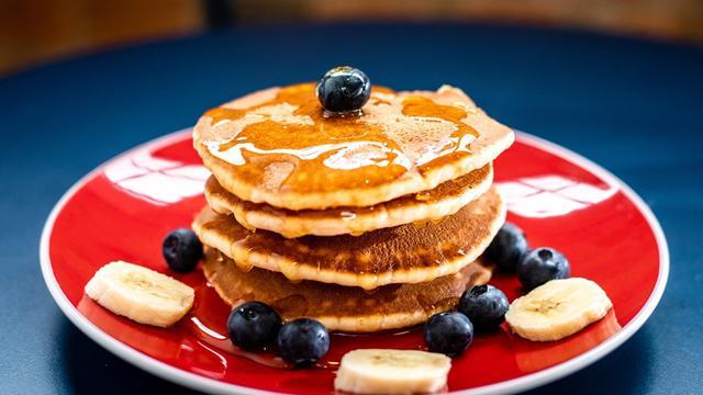Cara Membuat Pancake Sederhana Di Rumah Lembut Dan Mudah